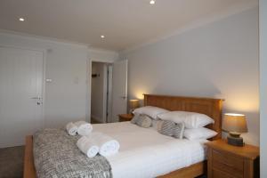 Mawgan Porth Apartments, Ferienwohnungen  Saint Eval - big - 6