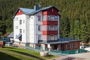 Residence Sněžka, Ferienwohnungen  Pec pod Sněžkou - big - 25