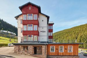 Residence Sněžka, Ferienwohnungen  Pec pod Sněžkou - big - 22