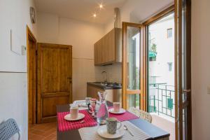 Bellosguardo Apartment, Ferienwohnungen  Florenz - big - 8