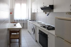 A Due Passi Dal Porto, Holiday homes  La Spezia - big - 9