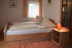 Landhaus Alpenrose - Feriendomizile Pichler, Penziony  Heiligenblut - big - 13