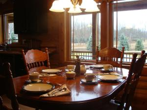 A Breath of Heaven B&B, Bed and breakfasts  Traverse City - big - 26