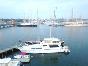 obrázek - Ocean Romance Dockside Bed & Breakfast Yacht