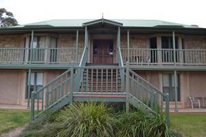 Lindsay House Homestead