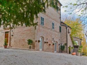 Nearby hotel : Villa Funari Country House
