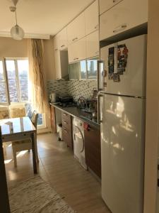 Sugün, Apartmány  Esenyurt - big - 15