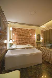 Casa Gaçe Hotel, Hotel  Korçë - big - 37