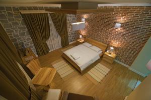 Casa Gaçe Hotel, Hotel  Korçë - big - 77