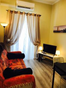 Excellent 2 bedroom apartment in Lisbon, Apartmány  Lisabon - big - 16