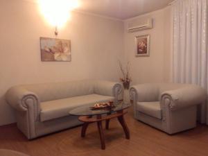 International Fair Apartment