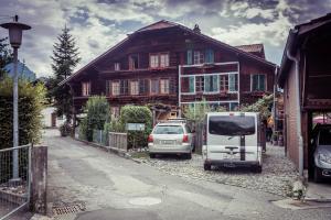 AUSFinn-Apartments ALPINE GUEST HOME - Bönigen