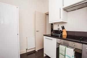 Delightful 2BD Apartment In The Heart Of Pimlico, Apartmanok  London - big - 14
