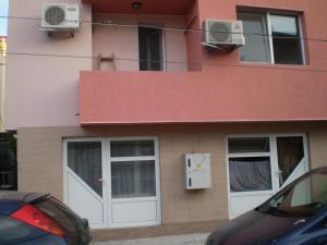 Apartament Niki, Apartmány  Pomorie - big - 15