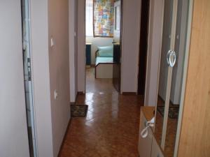 Apartament Niki, Apartmány  Pomorie - big - 25