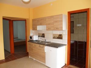 Liliom Apartman, Appartamenti  Gyula - big - 4