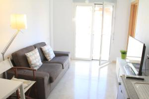 Sunny Apartment, Apartmanok  Alicante - big - 10