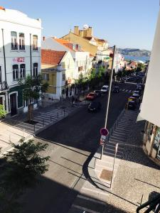 Excellent 2 bedroom apartment in Lisbon, Apartmány  Lisabon - big - 9