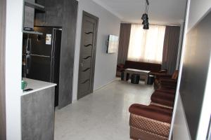квартира в центре города, Apartmanok  Batumi - big - 1