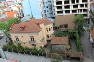 квартира в центре города, Apartmanok  Batumi - big - 10