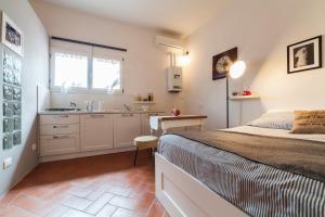 Central Pitti Studio Flat, Апартаменты  Флоренция - big - 9