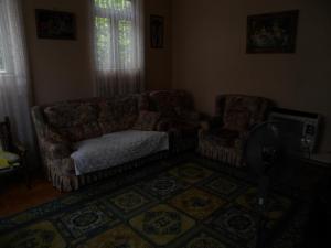 Guest House on Griboedov Street, Penzióny  Batumi - big - 4