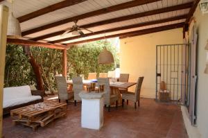 Villa Corallo by DdV, Apartmanok  Olbia - big - 3