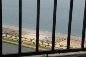 Квартира около моря, Appartamenti  Batumi - big - 5