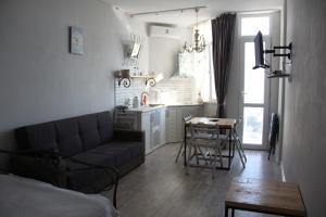 Квартира около моря, Appartamenti  Batumi - big - 12