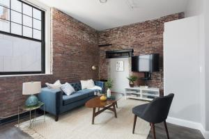 Four-Bedroom on Hamilton Place Apt 406, Apartmány  Boston - big - 1