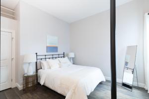 Four-Bedroom on Hamilton Place Apt 406, Apartmány  Boston - big - 23