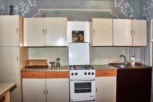 Nukri Guest House, Penziony  Gori - big - 59