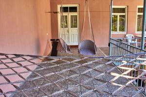 Nukri Guest House, Penziony  Gori - big - 53