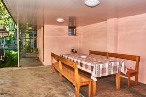 Nukri Guest House, Penziony  Gori - big - 47