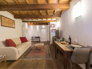 Eros Halldis Apartment, Appartamenti  Firenze - big - 1