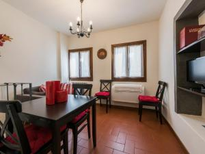 Gauguin Halldis Apartment, Apartments  Florence - big - 5