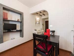 Gauguin Halldis Apartment, Apartments  Florence - big - 3