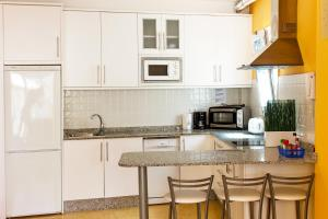 Golden Beach appartement met Pool, Apartmanok  Puerto de Mogán - big - 13
