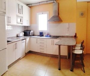 Golden Beach appartement met Pool, Apartmanok  Puerto de Mogán - big - 16
