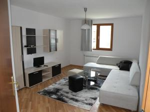 Apartments Kaloyan, Apartmanok  Veliko Tarnovo - big - 7