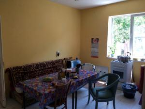 Solnechny Mir v Dyurso Guest House, Affittacamere  Dyurso - big - 3