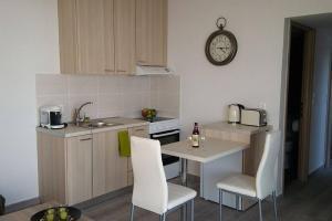 Nianthy Apartments, Appartamenti  Faliraki - big - 4