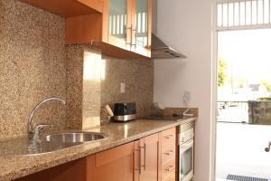 Oporto Join House, Apartmanok  Porto - big - 4
