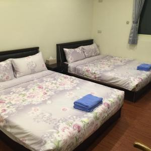 Malaya Guest House, Homestays  Budai - big - 33