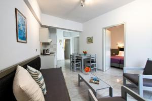 Balito, Aparthotely  Kato Galatas - big - 27