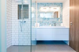 Vagabond Apartments & Suites