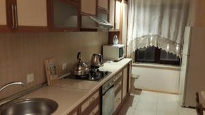 Bakufirelandapartments TV Theater, Апартаменты  Баку - big - 21