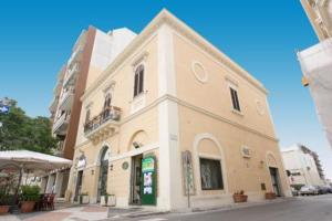 Nearby hotel : Palazzo Vergine I Due Mari Quality Bed&Breakfast