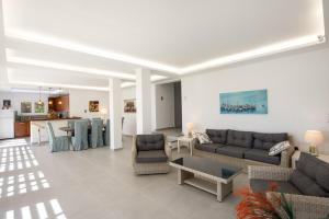 Villa Sea Side, Vily  Korfu - big - 43