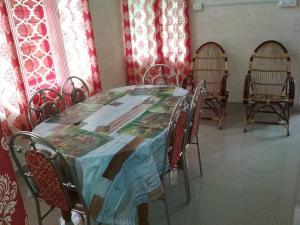 sanjovilla, Alloggi in famiglia  Mananthavady - big - 8
